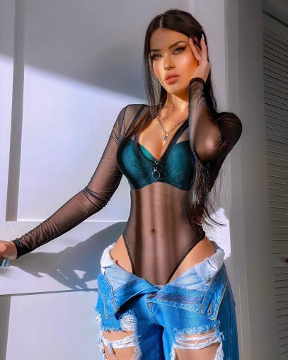 Claudia nackt Alende WOW!!! See